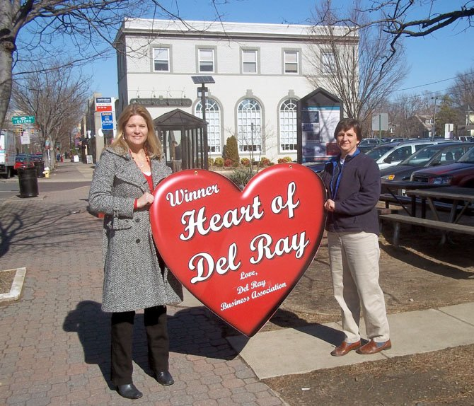 Bobi Bomar and Jen Walker are past Heart of Del Ray winners. Vote by email for this year's winner to HeartofDelRay@yahoo.com.