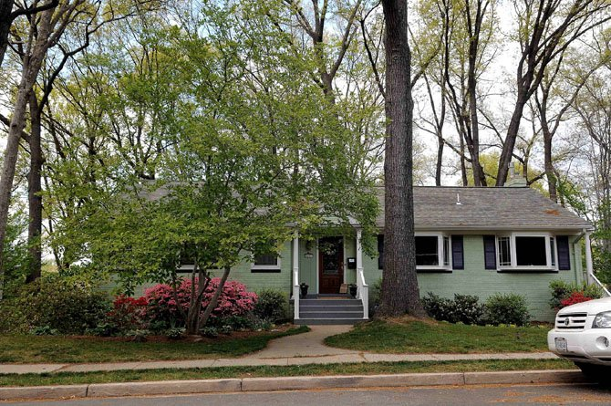 4207 39th Street North, Arlington — $837,500