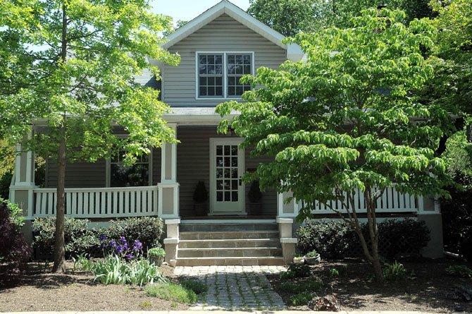 429 Lincoln Street North, Arlington — $996,000