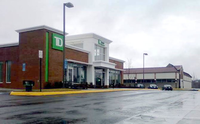 A photo of the TD Bank located near the intersection of Little River Turnpike and Pickett. The architecture is similar to the one proposed for Cardinal Forest Plaza in West Springfield. The enhanced architectural façade was one of the conditions requested by members of the West Springfield Civic Association and agreed to by Edens, the developer and owner of the 1970s shopping center.