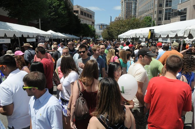 Wilson Boulevard at Ballston was jammed with people at 1 p.m. on Sunday afternoon.