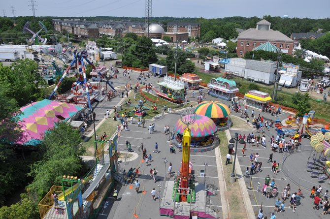 The parking lot between Center Street and Station Street was the site of carnival rides and games during the Herndon Festival.