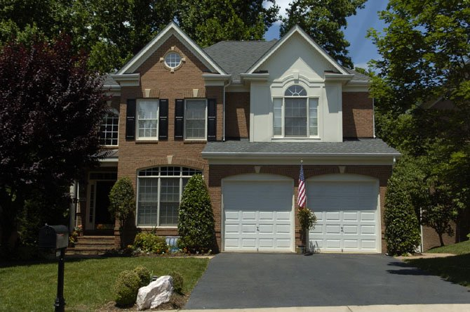 10094 Daniels Run Way, Fairfax — $898,500