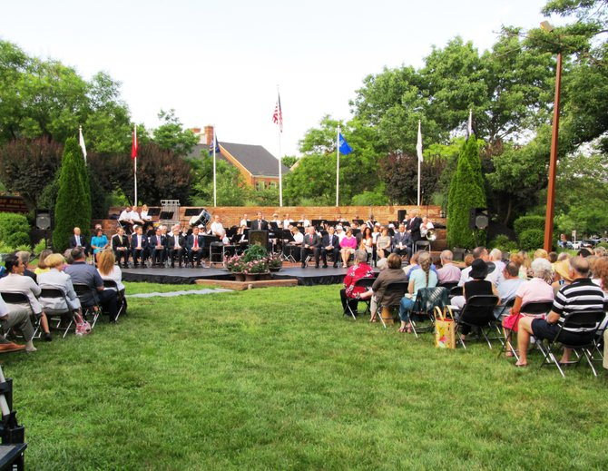 More than 200 guests attended the swearing-in ceremony for the City of Fairfax Mayor, Council and the City of Fairfax School Board on Wednesday, June 27 at the City Hall Veteran's Amphitheater.