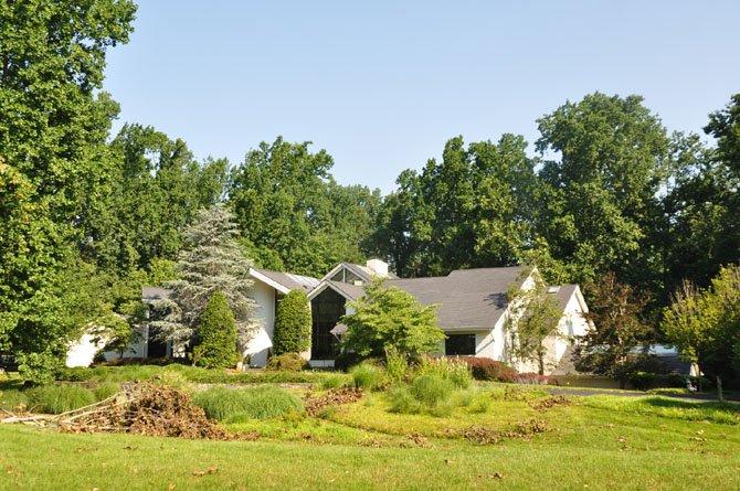 9207 Inglewood Drive, Potomac — $2,525,000