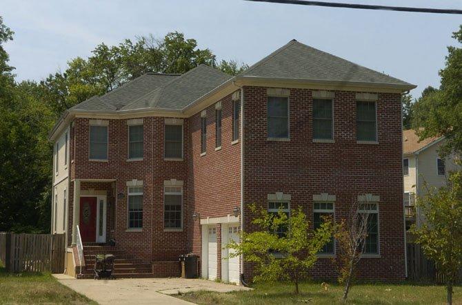 10125 Main Street, Fairfax — $699,900