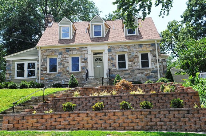 3154 17th Street North, Arlington — $983,000