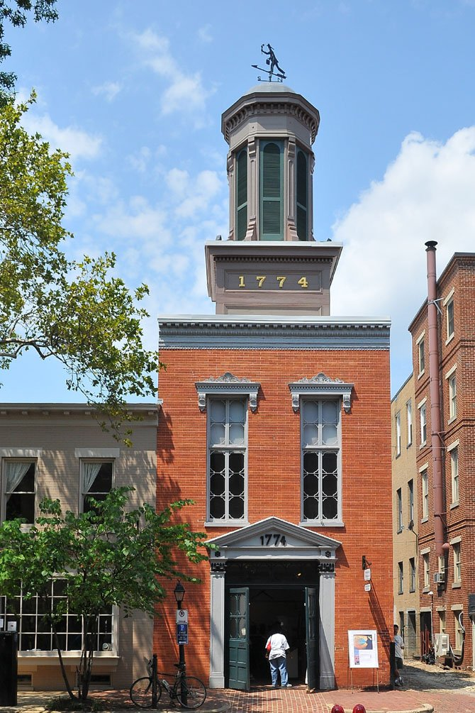 The current Friendship Firehouse was built in 1855, underwent remodeling in 1871 and restored by the city in 1992. The firehouse now serves as a city museum