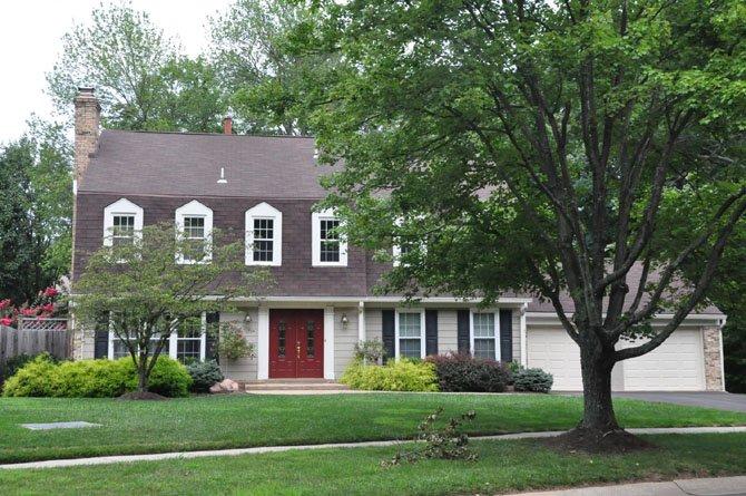 9333 Falls Chapel Way, Potomac — $880,000