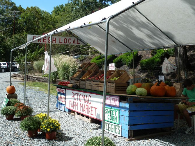 The Potomac Farm Market is partnering with Old Angler's Inn.