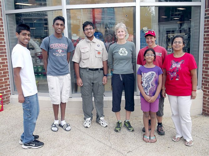 Pictured, from left, are: Nandun Gunawardhana, Kumaran Singaram, Senthil Kannan, Rhonda Krafchin, Yvette Hess, Sathiya Kannan (in front) and Malar Kannan.