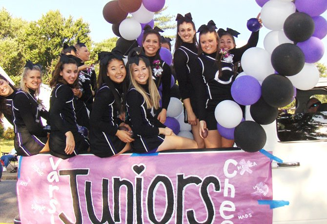 chantilly chargers celebrate homecoming