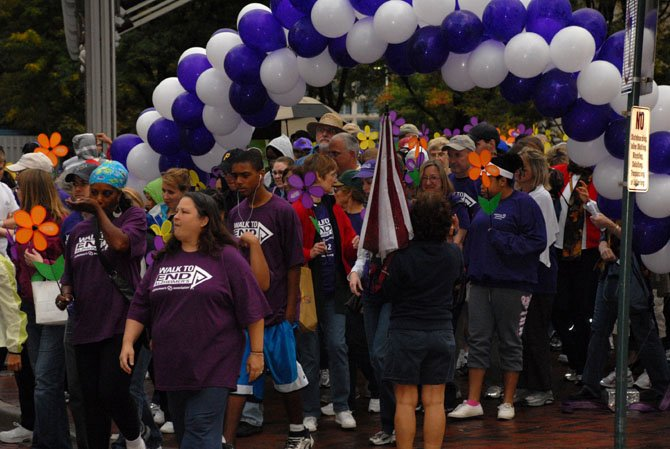More than 1,200 participants signed up to participate in the Alzheimers Associations Walk to End Alzheimers held at Reston Town Center on Sunday.
