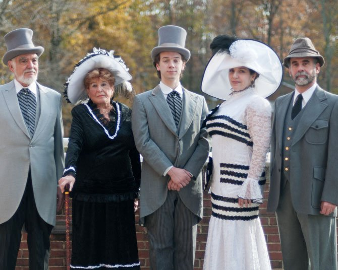 David Berkenbilt (Col. Pickering), Nan Muntzing (Mrs. Higgins), Phil McLeod (Freddy Gynsford-Hill), Mary Wakefield (Eliza Doolittle), and Ken Kemp (Henry Higgins).