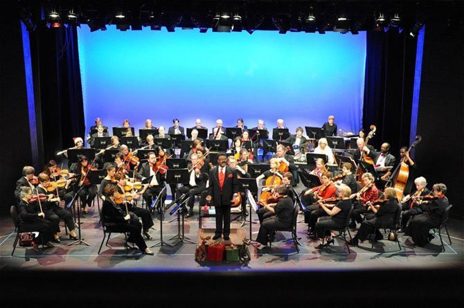 McLean Symphony in a 2011 holiday concert.