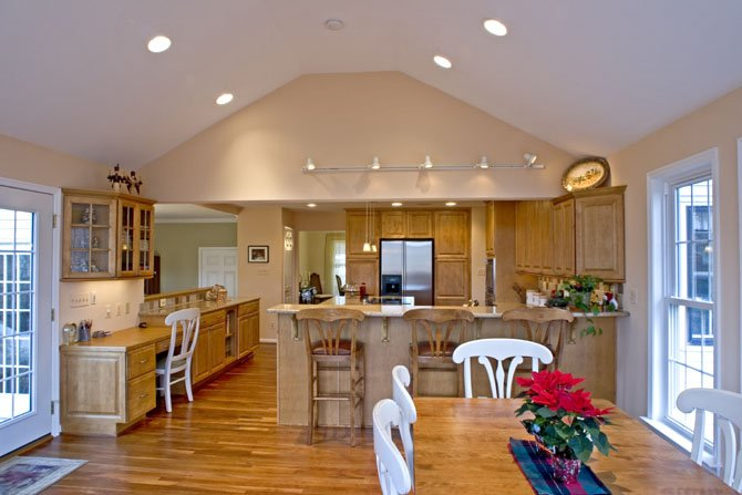 The plans for a kitchen remodel were complicated by the fact that the home&#39;s rear elevation backs into a woodland set-aside and a notably precipitous drop.