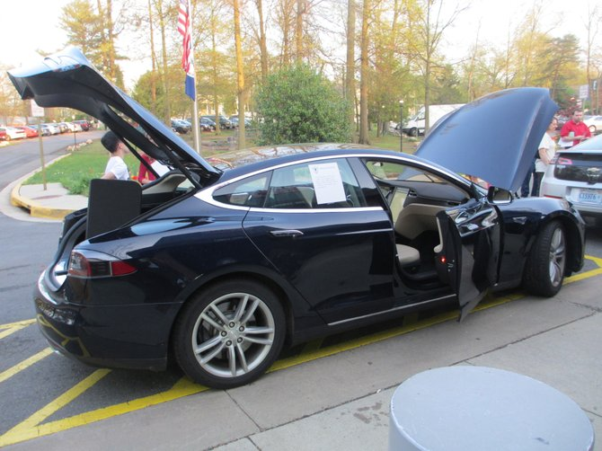 On display at the Vienna Green Expo was a battery-powered Tesla sedan Model S with a range of over 200 miles on a full battery, 0 to 60 mph in 5.9 seconds, top speed 120 mph … need more be said?