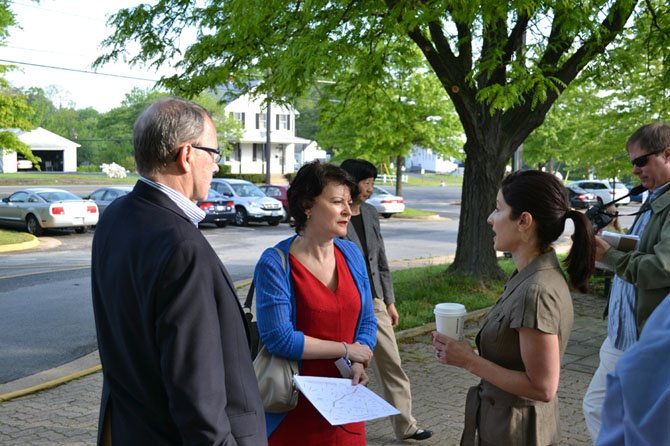 State Sen. Barbara Favola (D-31) and Del. Bob Brink (D- 48) speak with Connect-McLean representative Michele Pearce at Chesterbrook's walk/bike to school day.