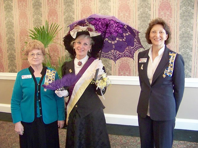 Sarah Hardy, regent of the chapter; Lynne Garvey-Hodge and Penny Kales, first vice regent.