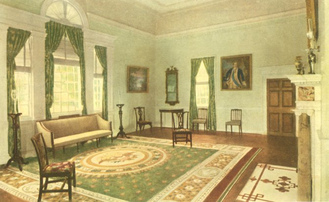 This 1932 postcard shows the dining room in a very different configuration compared to how it looks now.