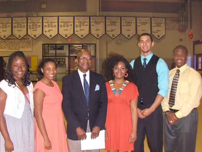 The Cameron Guy Dudley Book Scholarship Award winners pose with CMPSAC President Johnny Nelson. (From left) are Jonea Ahousissoussi, Fatoumata Barry, Nelson, Deveri White, Bryan Sydnor and Kaj Gumbs.