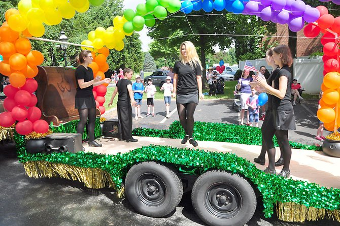 The Old Brogue float in the Fourth of July Parade features traditional Irish dancers.