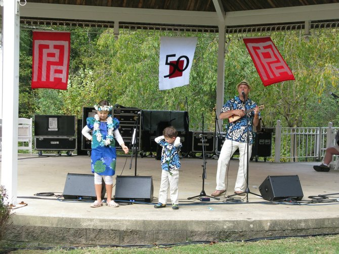 Ukelele Phil and the Hula Kids will perform again this year at MPAartfest.