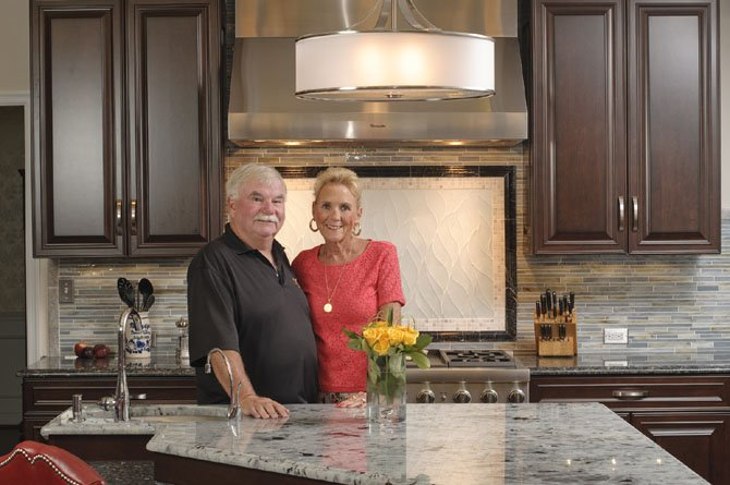 Dave and Nancy Mulligan, who have occupied their spacious Oak Hill Colonial for more than 20 years, wanted their kitchen to better accommodate daily needs and social gatherings. Dave, who is passionate about cooking, worked closely with an interior designer at Sun Design Remodeling.