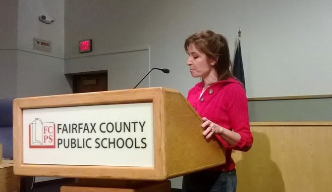 SLEEP advocate Beth Steel speaks in favor of later high school start times at a recent school board public hearing.
