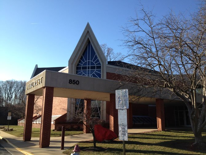 The Oakcrest School will be vacating their current location at 850 Balls Hill Road in McLean, formerly the McLean Bible Church until their move in 2007.