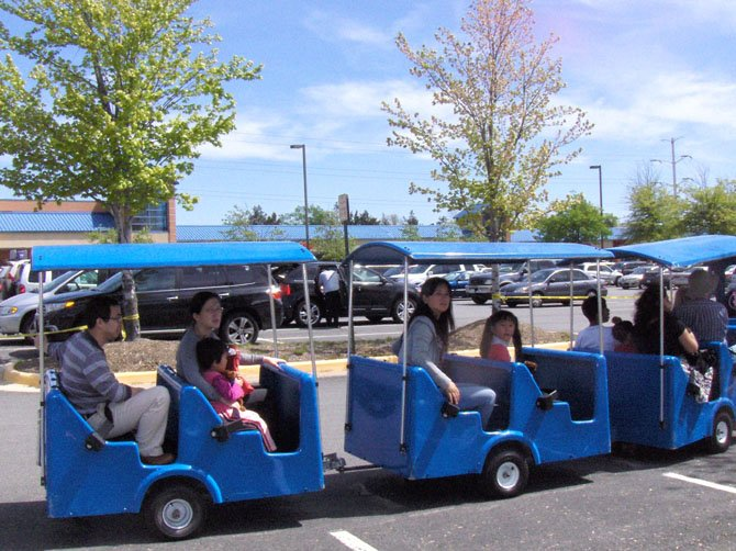 Chantilly Day attendees ride the trackless train.