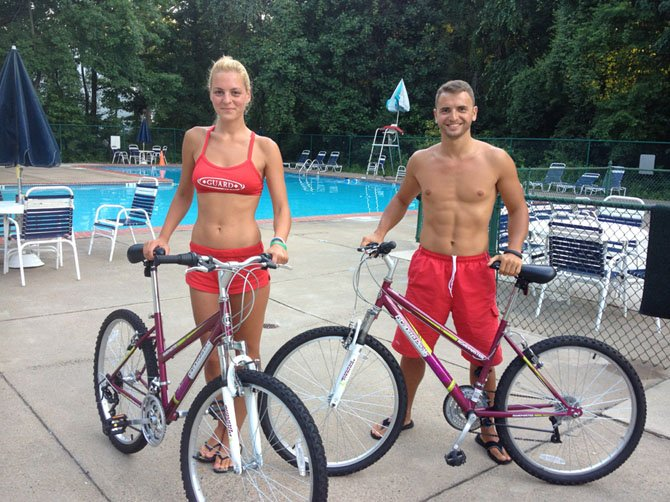 Martin Stefanov and Victoria Tshacheva from Bulgaria with bikes supplied by Continental Pools, their sponsor company.