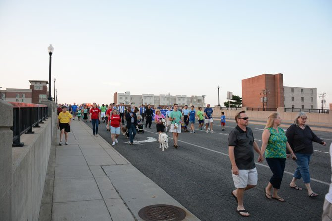 Hundreds of members of the Springfield community came out to support the renewing of the Army Community Covenant.