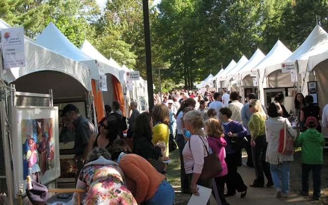 Art-lovers and fun-seekers find it all at MPAartfest