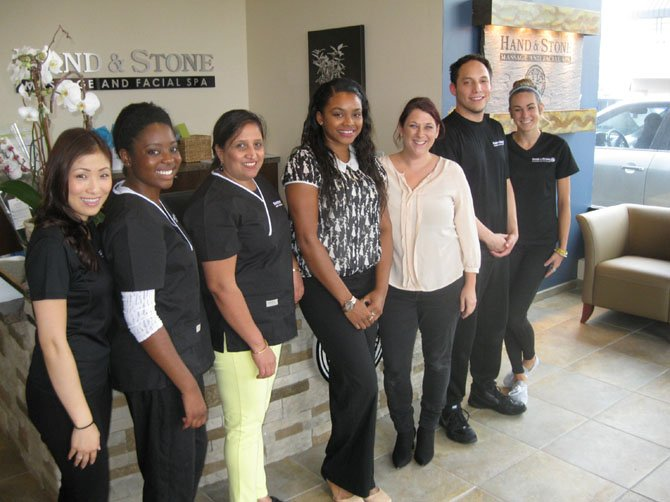 Hand & Stone Opens in Chantilly