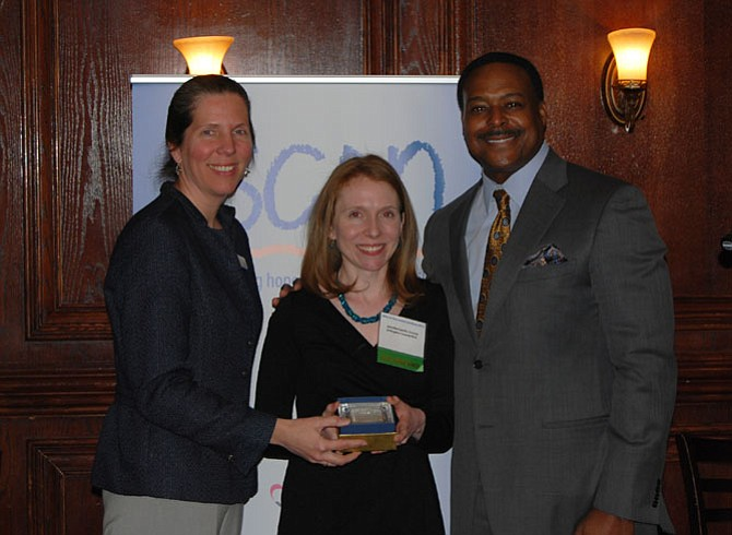 SCAN Executive Director Sonia Quinonez, Jennifer Landis-Sanots and ABC7's Leon Harris