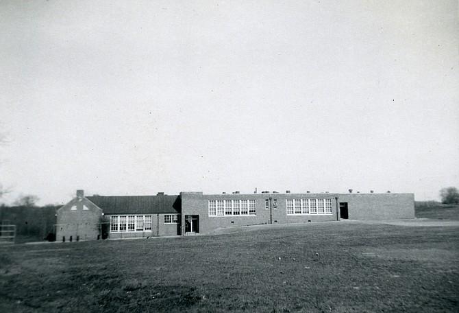 A photo of the Burke School taken around 1958.