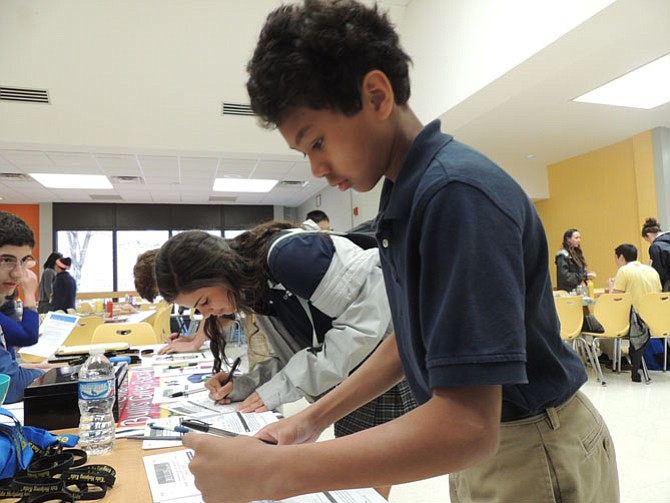 "Bullis students sign up for ""Bullis Gives Back."""