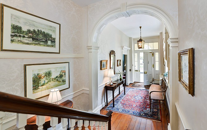The historic Roberdeau House in Old Town Alexandria is now on the market, for the first time in 40 years.