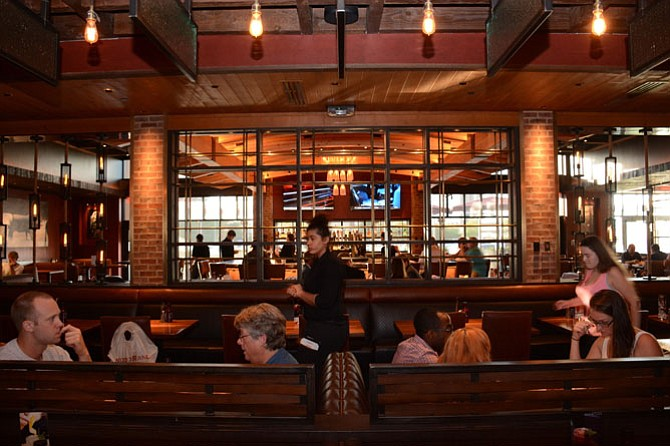 Springfield: California-based Wood Ranch BBQ & Grill Opens in Springfield  Town Center - Springfield: California-based Wood Ranch BBQ & Grill Opens In