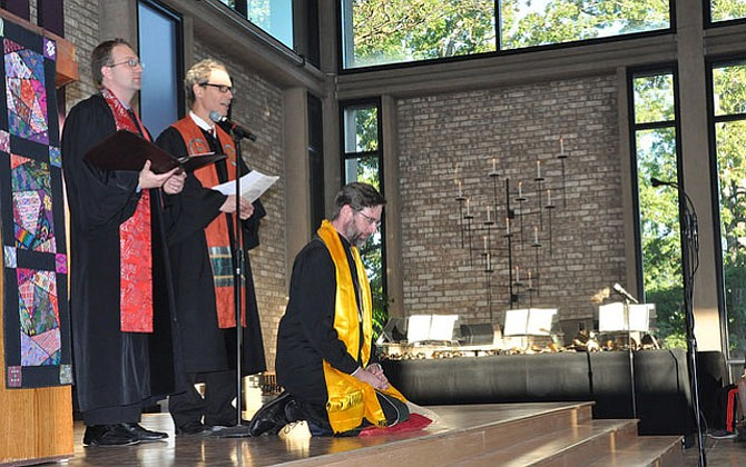The Rev. Aaron B. McEmrys was installed as senior minister of Unitarian Universalist Church of Arlington on Oct. 11.