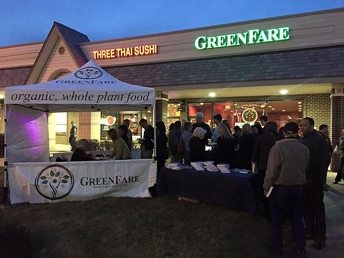 Monday March 7, members of the Herndon Town Council joined the public for an official ribbon cutting for the GreenFare restaurant at 408 Elden Street in Herndon. The restaurant is open 11am to 9pm daily.