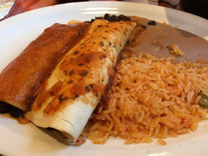 Feeling indecisive? Try a combination dinner at Los Toltecos and choose your own adventure.