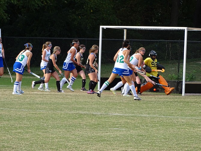 Sophomore Alexandra Sperling (10) scores the first goal against Richard Montgomery.