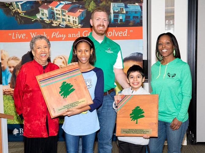 dogwood elementary wins walk to school awards