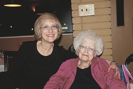 Eleanor W. Bune with her daughter Karen.