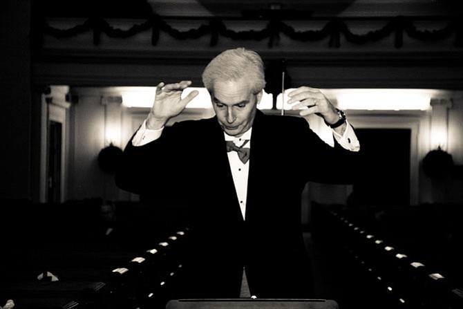 Doug Mears, artistic director, Fairfax Choral Society