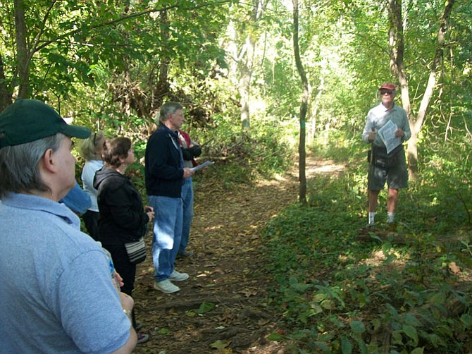 Bob Vickers leading a previous tree walk at Riverbend Park.
