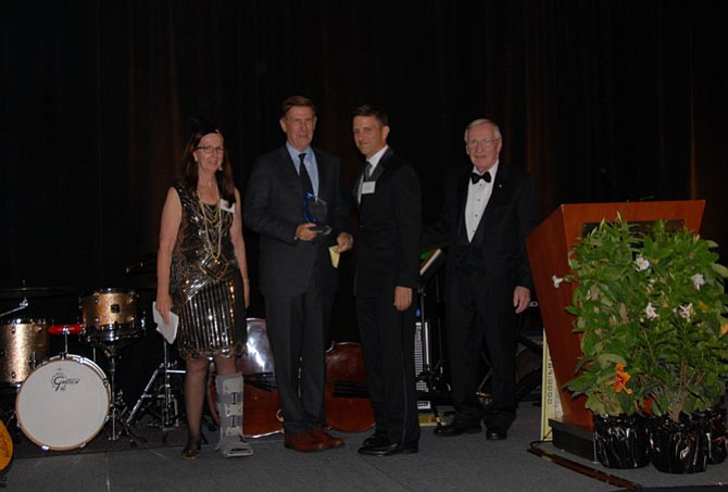 Piper Phillips, Phillips Programs along with Phillips Chair Mike Policicchio, EY, and Del. Ken Plum pay tribute to U.S. Rep. Don Beyer for his exceptional support of vulnerable children, during the Phillips Programs for Children and Families' Great Gatsby Gala at the Hilton McLean.