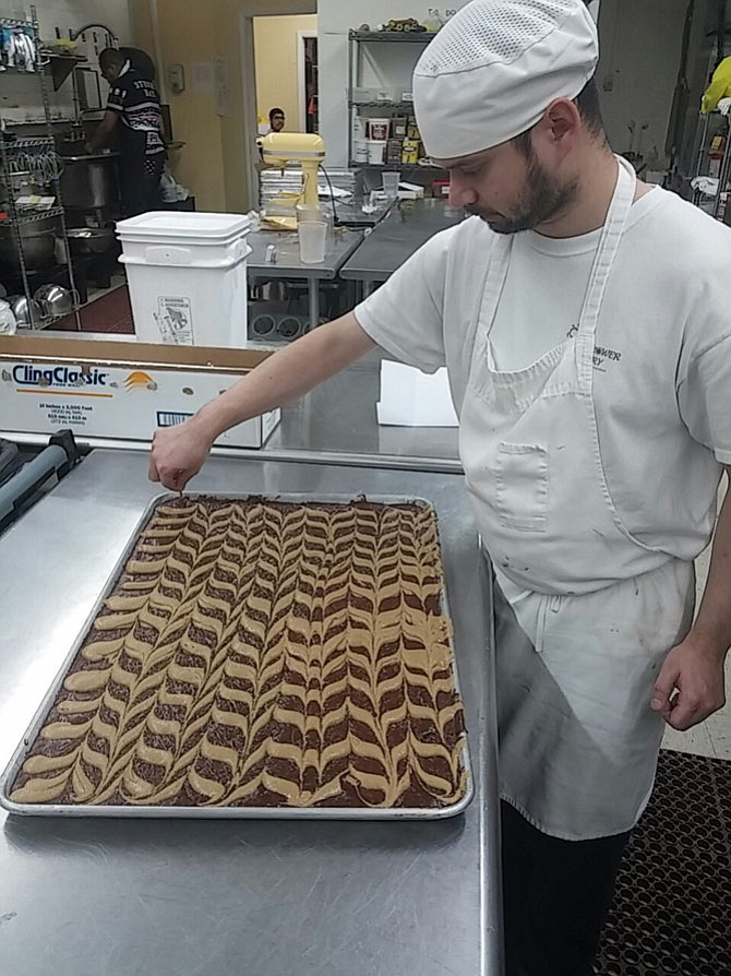 Daniel Pollock makes swirl bars.